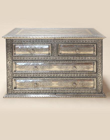 white-metal-maychor-chest-of-drawers-wmcd-1-m2