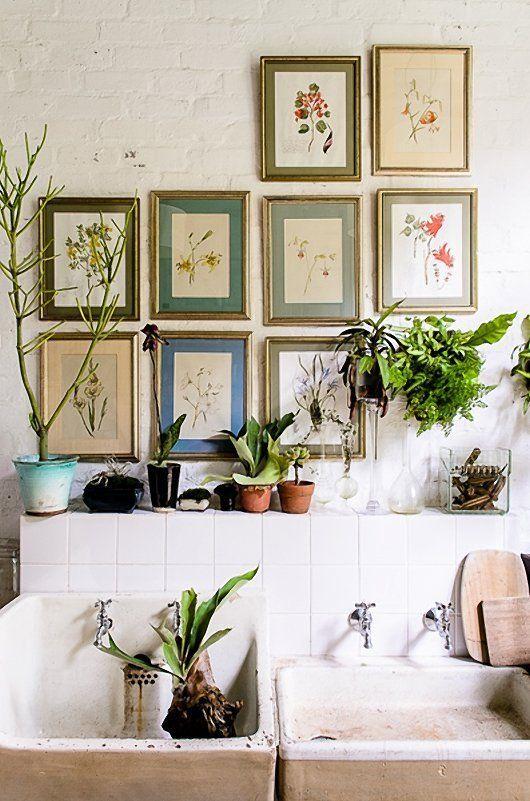 20 inspiring gallery walls. Black Bedroom Furniture Sets. Home Design Ideas